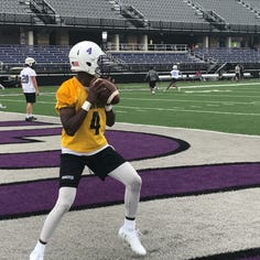Pursuit of another playoff berth begins for USF Cougars
