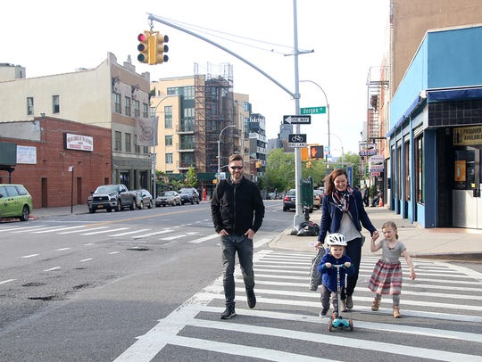NYC families - Jeff and Ashley Rigby with children