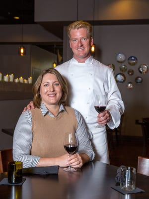 Lynn and Sarah Pritchard of Table 128 win the Iowa Restaurant Association Restauranteurs of the Year award.