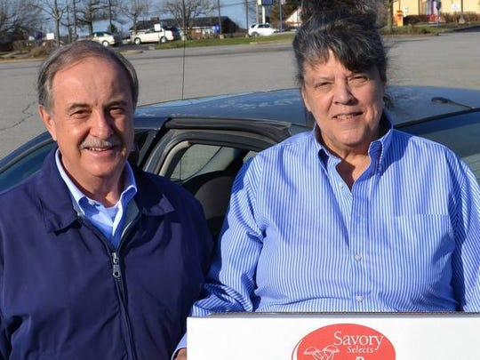 Alexandria Mayor Bill Rachford joined SSNK Meals on Wheels driver Reggie Conrad.
