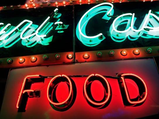 -APC Life neon exhibit 0157 110414wag.jpg_20141104.jpg
