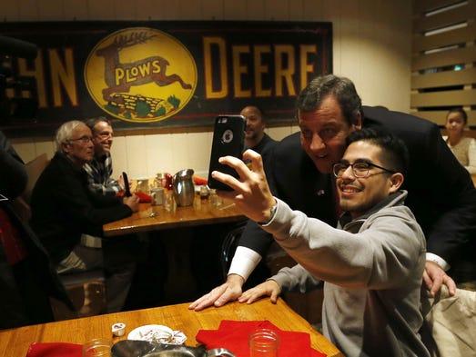 Gov. Chris Christie takes a selfie with Hector Salamanca