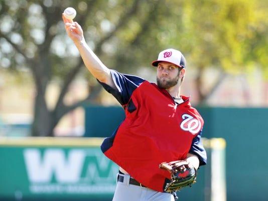 Nationals baseball practice Harper 1.jpg