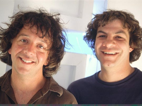 Aaron Freeman (left) and Mickey Melchiondo of Ween