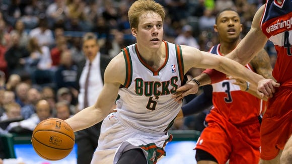Wolters started 31 of 58 games and averaged 7.2 points with the NBA's Milwaukee Bucks as a rookie in 2013-14.