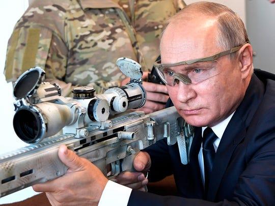 APTOPIX_Russia_Putin_82859.jpg
