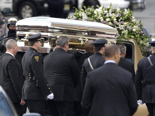 Aretha Franklin-Music's Funerals (3)