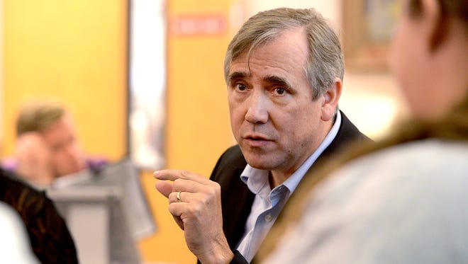 """Sen. Jeff Merkley speaks with students during his """"Fighting for College Affordability Tour"""" at Chemeketa Community College in Salem on Thursday, Oct. 2, 2014."""