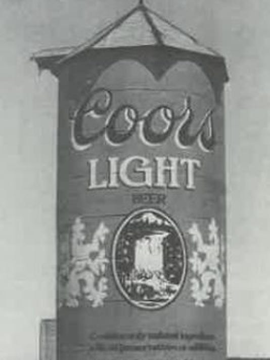 636203484337040052-Giant-Coors-Can.JPG