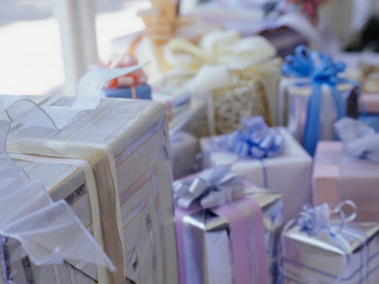 What To Give Or Not Give As A Wedding Gift