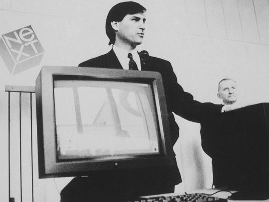 Steve Jobs unveils the NeXT computer at a news conference