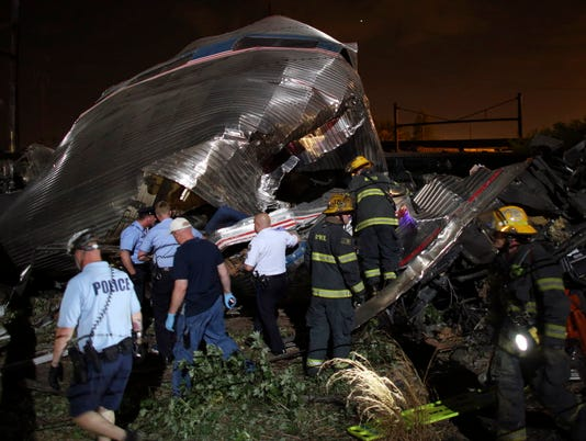 AP YE AMTRAK CRASH A FILE USA PA