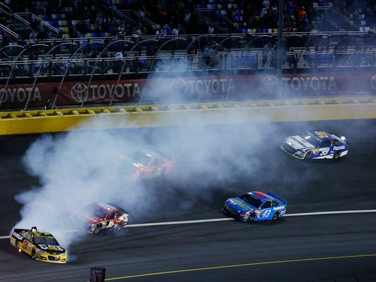 MNCO 1014 NASCAR gets The Chase it wanted.jpg