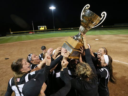 636596041787227142-Bridgewater-Raritan-SOFT-celebrates-2017-SCT-title.jpg