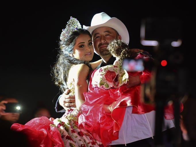 Rubi Ibarra y su padre Cresencio Ibarra, que se hicieron