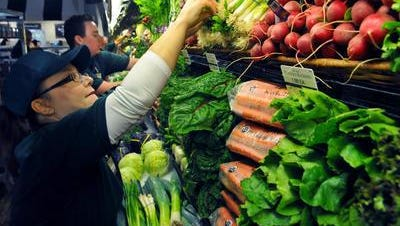 Making good choices at the grocery store will help you keep with the recommendations of the U.S. Dietary Guidelines for Americans.