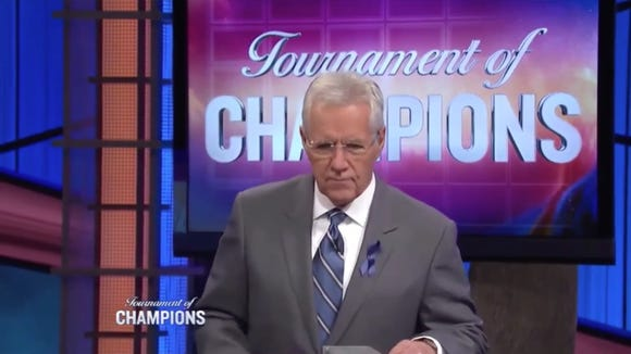 Alex Trebek fired a savage shot at the Giants during last night's 'Jeopardy!'