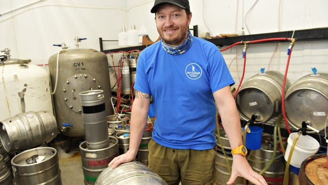 Scottish brewer Graeme Hirstwood has taken over brewing at McCllelan's. The brewery specializes in cask ale which has no additional nitrogen or carbon dioxide.