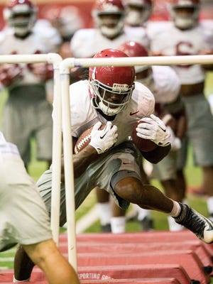 Alabama running back Bo Scarbrough got injured early in Saturday's scrimmage.