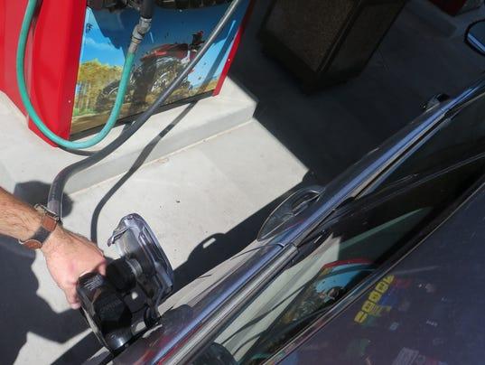 636063701352971602-gas-prices-2.JPG