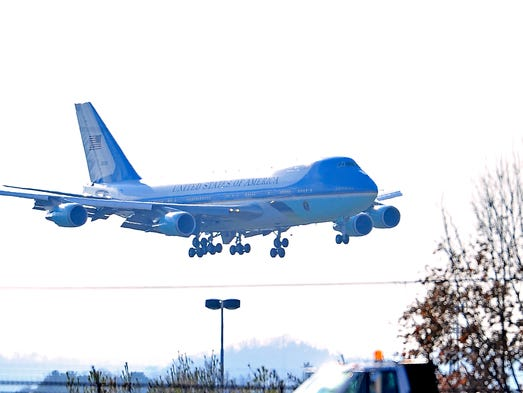 Air Force One prepares to land at Berry Field Air National