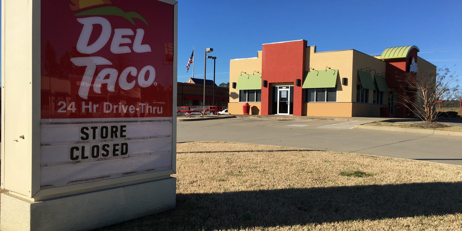 Del Taco closes only Montgomery location