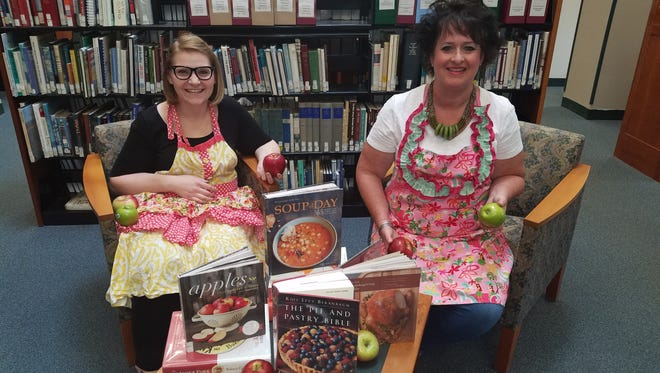 Diane Hahn (left) and Cathy DeBerry, librarians at SCLSNJ's Warren Township Library branch and co-facilitators of the Recipe Club.