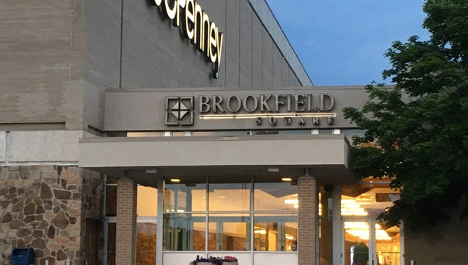 Brookfield Square is among Wisconsin shopping malls that will be closed on Thanksgiving Day this year.
