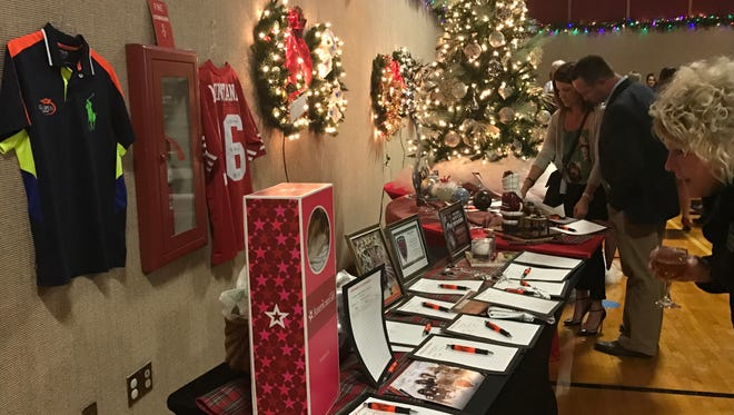 The announcment for Rialzo VIII took place during MHS' Ornament Auction at the Suzanne Gresham Center. Funds from this auction will go towards Rialzo VIII's fundraising total.