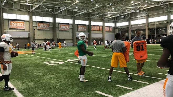 Running back Alvin Kamara waits for his turn in a drill during Tennessee's practice on Tuesday afternoon.