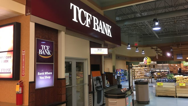 TCF Financial Corp. plans to close in-store bank branches at five Pick 'n Save locations and two Piggly Wiggly supermarkets in mid February.