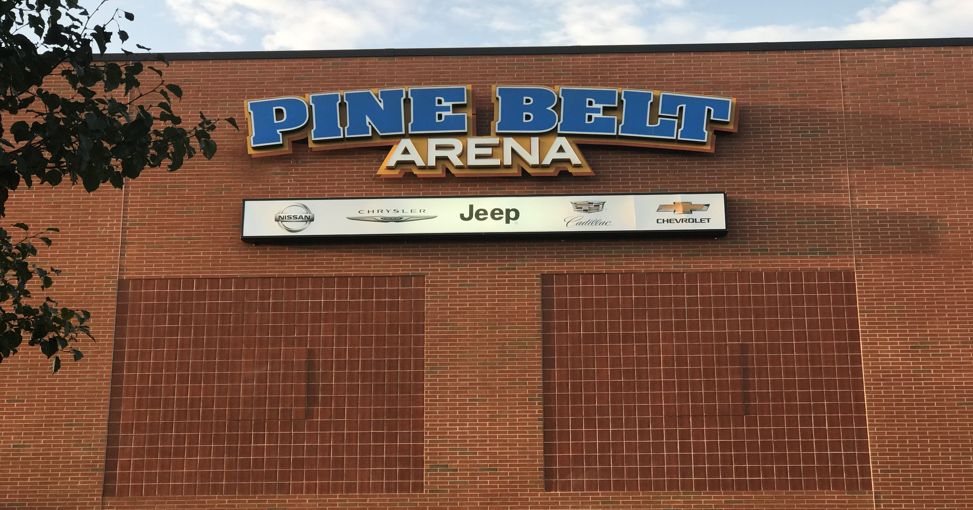 Pine Belt Jeep >> Pine Belt Arena In Toms River To Be Renamed
