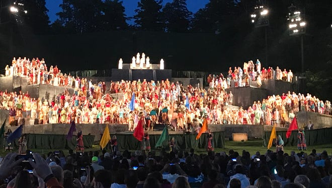 Despite heavy rain and muddy fields, The Hill Cumorah pageant drew large crowds in its first weekend.