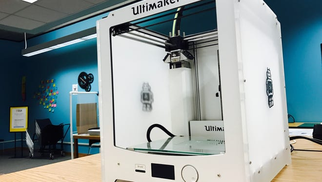 3D printer at the Mead Public Library