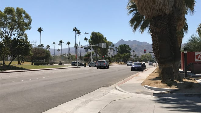 El Cielo Road was closed Oct. 4, 2017 while Palm Springs police investigated a suspicious package.