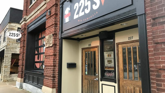 225 South Mia Famiglia, the Italian restaurant at 225 South St,. will close within a few weeks due to a pending sale of the downtown Waukesha building.
