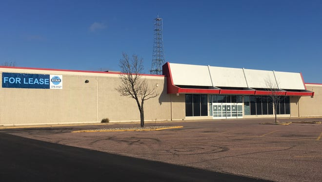 A picture of the old Kmart building in western Sioux Falls