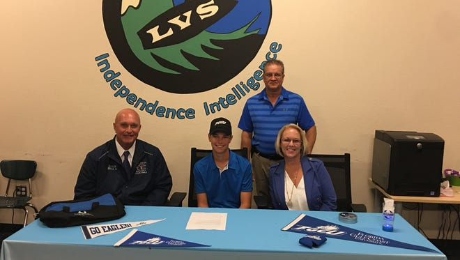Luke Farmer, the reigning News-Press Boys Golfer of the Year who played forEstero, signed with FGCU.