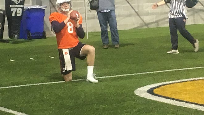 Auburn QB Jarrett Stidham warming up at Peach Bowl practice at Georgia Tech's facility.