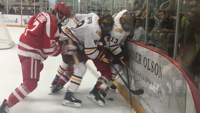 ASU and BU battled at Oceanside Ice Arena in Tempe on Saturday, Jan. 28, 2018, in ASU's home finale for the 2018 regular season.