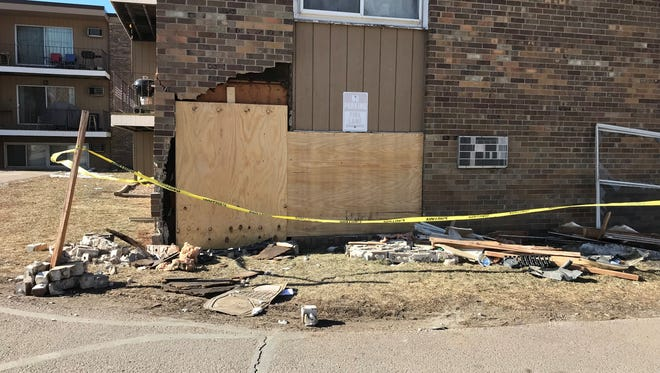 The scene of an early morning crash at an apartment building in the 500 block of South Kiwanis Avenue.