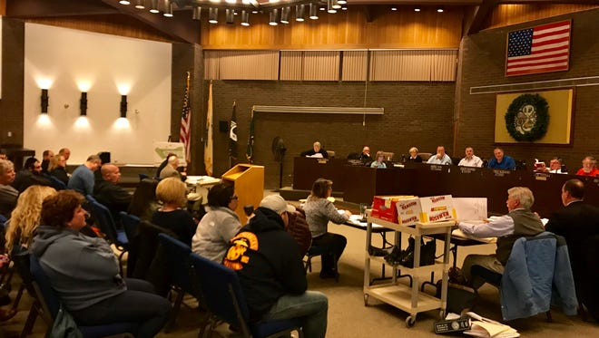 More than 60 Jackson residents attended a planning board hearing regarding an application for a shul in Jackson.
