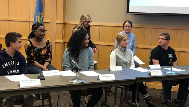 Sioux Falls high school students tell board members what they'd like to see in response to overcrowded schools on Wednesday, Feb. 7, 2018.