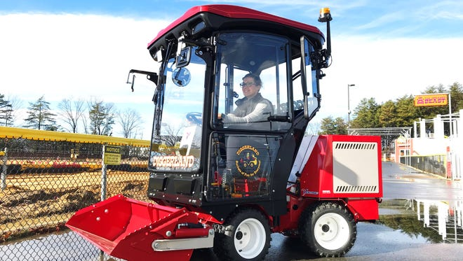 A new ride offered at Diggerland USA is the Ventrac 3400Y. The Ventrac is a hydrostatic compact tractor, and it is the first of it's kind at Diggerland. Guests 36 inches tall can ride the Ventrac with a parent, and those 48 inches tall can ride it alone.