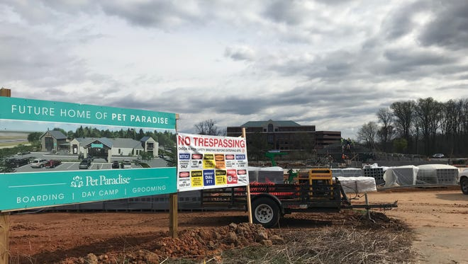 Pet Paradise will open its first South Carolina location on Congaree Road in November 2018