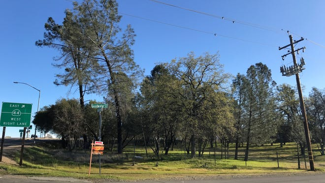 The Redding City Council approved construction of an AM/PM ARCO gas station, minimart and car wash at the northeast corner of Shasta View Drive and Goodwater Avenue in east Redding.