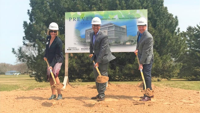 On Thursday, April 26, 2018, Therese Pandl (Eastern Wisconsin Division President and CEO of Hospital Sisters Heal System (HSHS) and interim CEO of St. Nicholas Hospital), Dr. Ashok Rai (President and CEO of Prevea Health), and Dr. Gregory Grose (Chief Medical Officer at Prevea Health in Sheboygan) broke ground on a new medical building on the St. Nicholas Hospital campus in Sheboygan. The new medical offices are set to open in fall 2019.