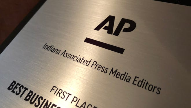A pair of journalists from the Pal Item won awards during the annual APME banquet on May 4, 2018.