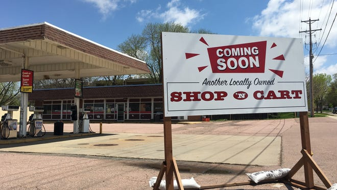 A Shop 'N Cart is destined to replace the former 6th Street Market at 402 N. West Ave. in Sioux Falls.