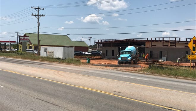 Flowers Bakery outlet plans to move a few blocks north on Pearman Dairy Road